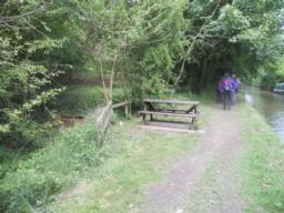 There are several picnic benches along the route.