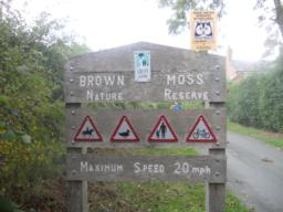 Brown Moss is 2 miles / 3.2 km south east of Whitchurch off the A41. It is well signposted from the south-bound carriageway.
