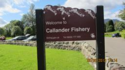 Walk straight on past Calllander Fishery sign - do not turn right.