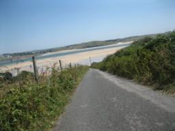 quiet road to Lellizzick. with views to the camel estuary.