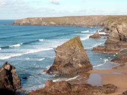 Bedruthan Steps as seen from the lower viewpoint.