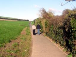 The path has recently been  upgraded by Padstow Council.