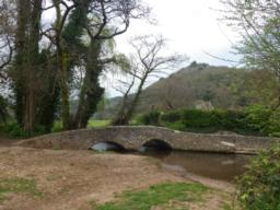 Gallox bridge is approached after 450m.  This is a mediaeval bridge used by the wool trade.  It is crossed on the return leg of the circuit.