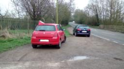 There is parking for approximately 3 cars on a grass/gravel verge on the A447, from Ibstock travel north for about 1 km on the Ravenstone Road and the reserve is on the right behind a former sewage treatment works.