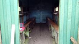 Hide doorway is 93cm wide.