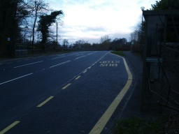 Access to the Airthrey Loch circuit can also be gained from the bus stops on Hill Foots Road.