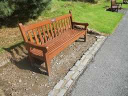 There are five benches at the top of the steep rise. Wheelchair users may find that the block paving restricts access.