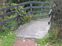 The ramp onto the bridge is 10% (1:10)over 1m