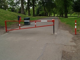 The walk starts at the red and white barrier near the entrance to the main car park  in Callendar Park.