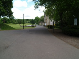 Keep straight on to the front of Callendar House.