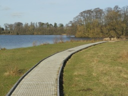 The boardwalk is 1.1 metres wide and is edged with timber. The decking is surfaced with metal wire to help provide a better grip.