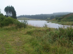 There are good views of the reservoir from the end of the spur.
