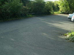 The car park on Haverlands Lanes leads directly onto the trail.