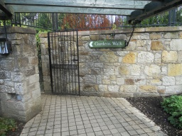 The starting point for the Gardens Walk is at the back of the Visitors Centre
