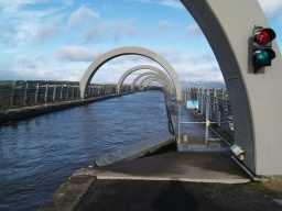 The end of the Union Canal where the boats are lifted by the wheel from the Forth and Clyde Canal can be seen through the arches.