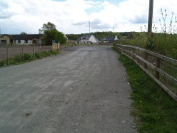 The track to the right leads to the main road between Devonside and Fishcross.