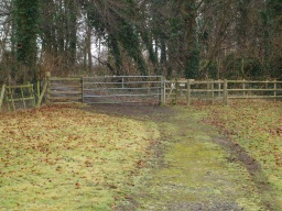 There is a kissing gate with a width of 1m and 1.4m depth into the refuge.