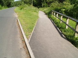 The riverside path can be rejoined half way back to the visitor centre.