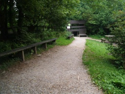 There is a small picnic area and bird feeding station at the back of the visitor centre.