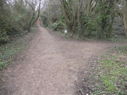 Turn left here to the Hoffman Kiln. circular walk. Head straight-on for a short detour to the Tally House.