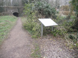 Another interetation board is located close to the tunnel.