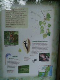 A sign gives some more information about the wildlife in the area.
