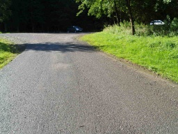 The tarmac road leading to the car park itself has a linear gradient of 14.2% (1:7).