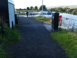 When Auchinstarry Marina is reached the end of the walk is only 100m away.